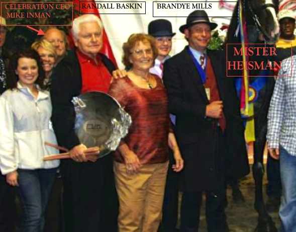 PROUD TRAINER BRANDYE MILLS WITH MR. HEISMAN WITH OWNERS RANDALL AND SADIE BASKIN, AT 2011 DELTA FALL CLASSIC AND CELEBRATION CEO MIKE INMAN JUST A PEEKING.