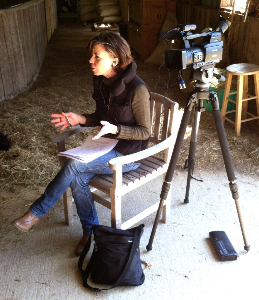 MARY ANNE JOLLEY,  AUSTRALIAN JOURNALIST AT RISING GLORY FARM, LEWISBURG, TENNESSEE