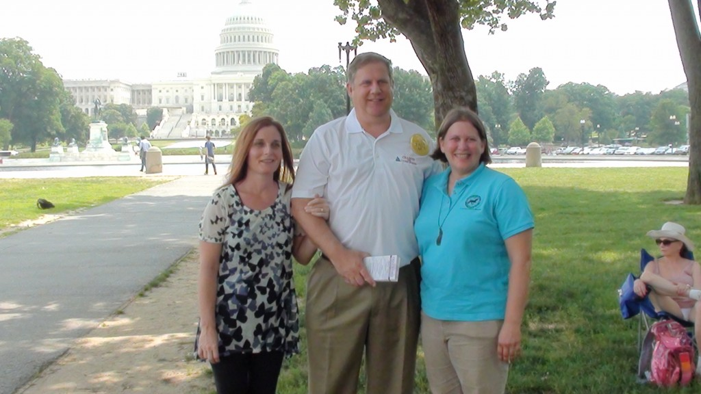 "(LEFT TO RIGHT) SUZI CLARK,  DAN CRAMER (DEMOCRAT CANDIDATE FOR CONGRESS IN TENNESSEE), MINDY LIGHTNER AT ""WALK ON WASHINGTON"" RALLY"