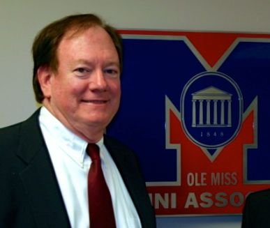 CLANT M. SEAY - UNIVERSITY OF MISSISSIPPI (OLE MISS) (C) copyright www.billygoboy.com